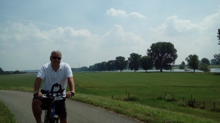 Cycling to Grave Netherlands