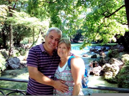 Jon and Jo at the English Garden