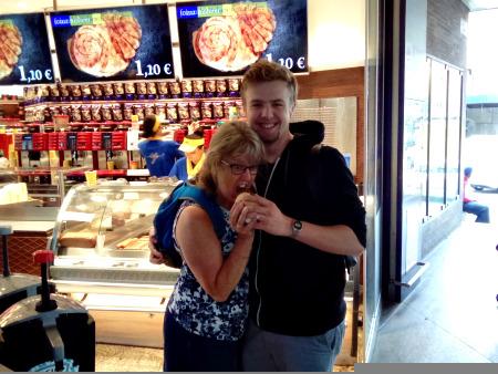 Munich Meeting Ryan at Hauptbahnhof