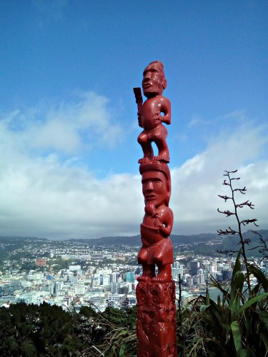 Maori Totem Pole or Pouwhenua at the top of Mount Victoria