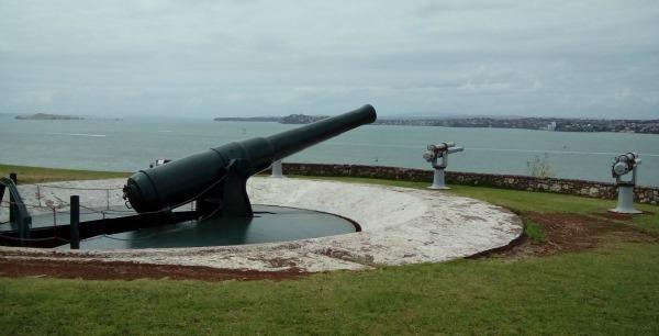 Disappearing gun at North Head
