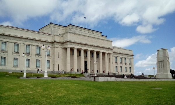 Auckland War Memorial Museum and Cenotaph
