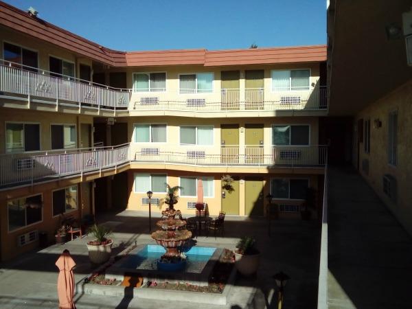 The Imperial Inn Motel in Oakland