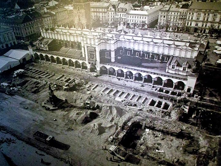 Krakow Rynek Excavations