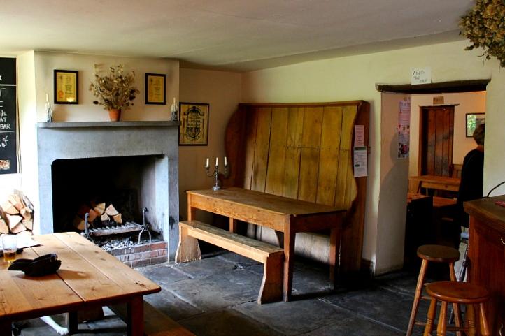 Halfway House Pub